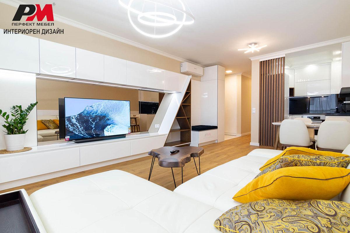 Комфортен дизайн и стилно излъчване в модерна просторна дневна